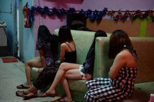 Εμπορία ανθρώπων: Ισχυρότερα μέτρα προστασίας γυναικών, παιδιών και μεταναστών